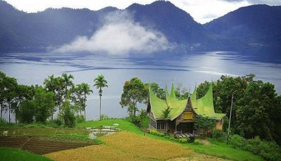 Objek Wisata Menarik di Sumatera Barat