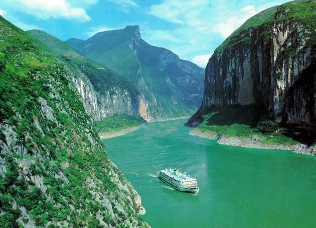 Mengunjungi Tempat Wisata Di China