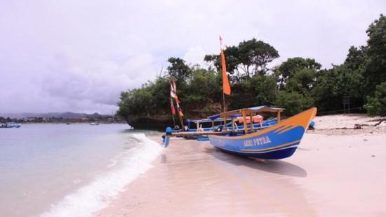 Pantai Widarapayung Cilacap Jawa Tengah
