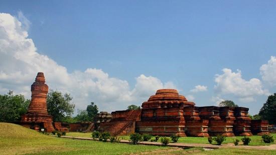 Tempat Wisata Candi Muara Takus Pekanbaru
