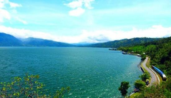 Tempat Wisata Danau Singkarak Sumbar