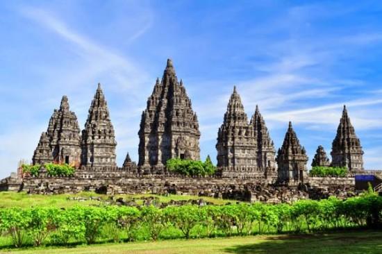 Objek Wisata Sejarah Candi Prambanan