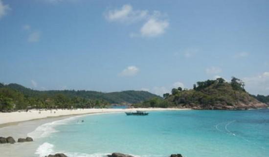 Wisata Pantai Pasir Panjang Pontianak