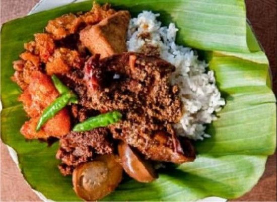 Makanan Khas Jogja Gudeg
