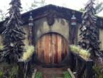 Foto Rumah Hobit Di Farmhouse Susu Lembang