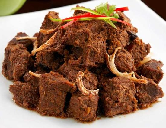 Rendang Makanan Khas Sumatera Barat