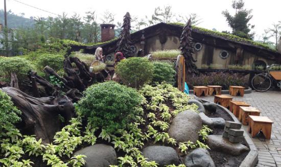 Rute Menuju Rumah Hobbit Cihideung