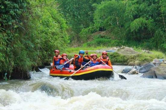 Wisata Arung Jeram Sungai Citari, Citatih, dan Cimandiri
