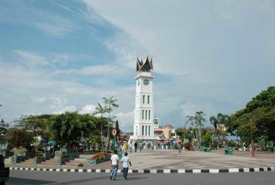 Wisata Jam Gadang Bukittinggi Padang Sumbar