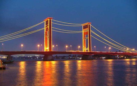 Jembatan Ampera Objek Wisata Di Palembang Sumsel