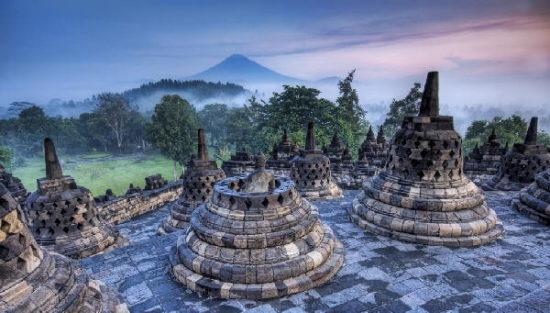 Objek Wisata Populer Candi Borobudur di Yogyakarta