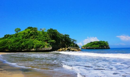 Pantai Bajul Mati Wisata Pantai Populer Di Malang Jatim