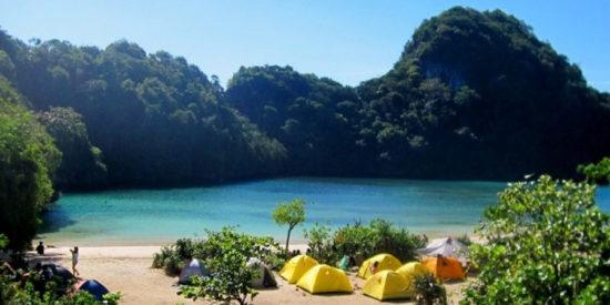 Pantai Pulau Sempu Wisata Pantai Populer Di Malang
