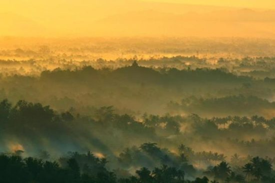 Punthuk Setumbu di Magelang Objek Wisata Di Jawa Tengah