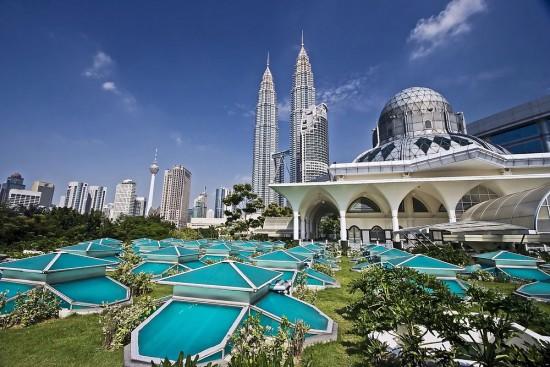 Objek Wisata Murah Malaysia