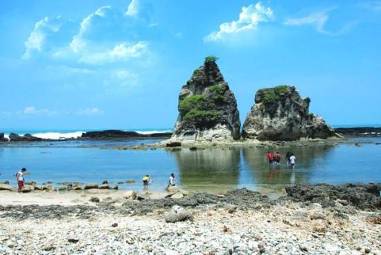 Tempat Wisata Pantai Banten