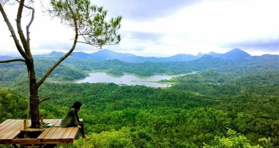 Foto Desa Wisata Kalibiru Yogyakarta