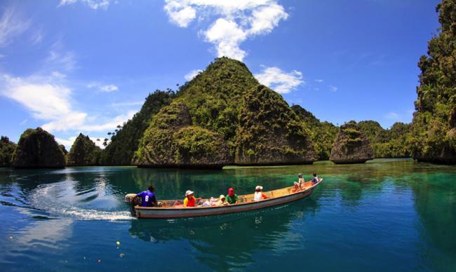 Tempat Liburan Raja Ampat Papua