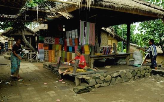 desa sade lombok ntb