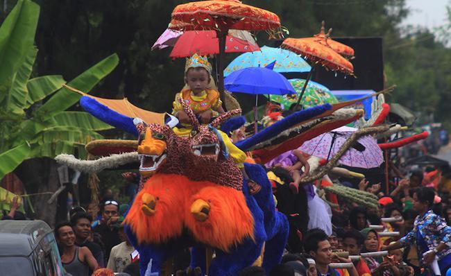 Tradisi Rasulan di Indramayu Jawa Barat
