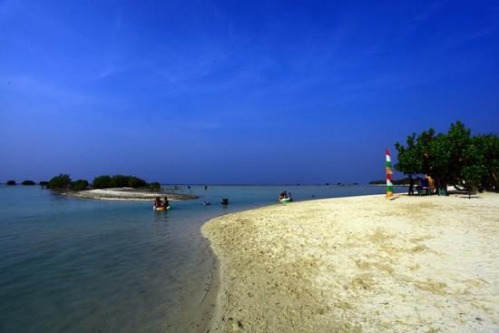 Objek Wisata Pulau Pari Kepulauan Seribu