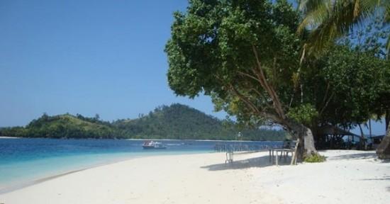 Pesona Tempat Wisata Pantai Anyer Banten
