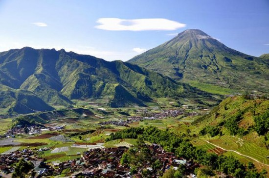 Objek Wisata Dataran Tinggi Dieng Jawa Tengah