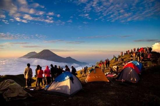 Jalur Pendakian Gunung Prau Dieng Wonosobo