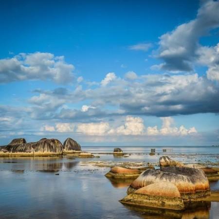 Pantai Sepempang Natuna Tempat Yang Indah Di Kepulauan Riau